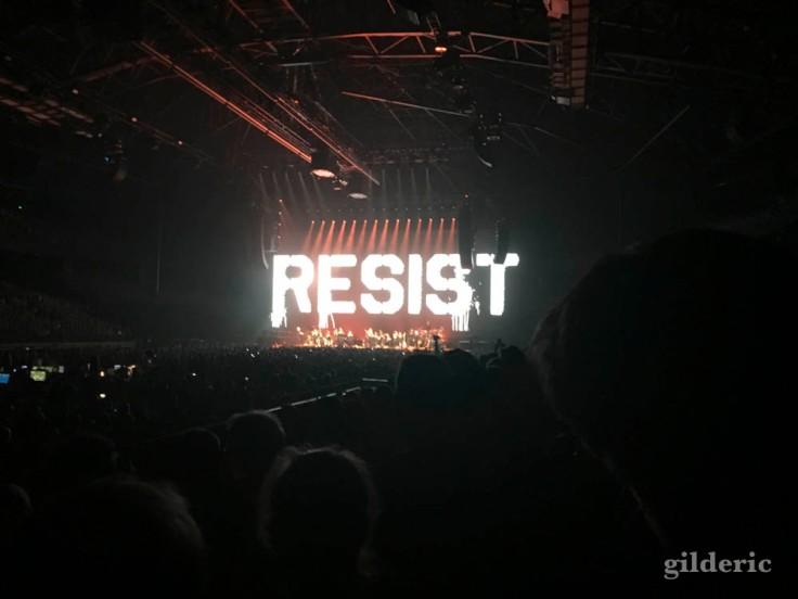 """Roger Waters """"Us + Them Tour"""" live à Anvers : resist"""