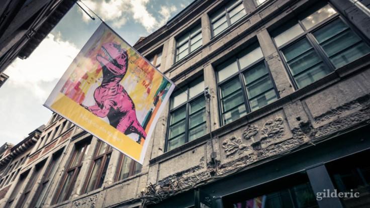 La Rue aux enfants en Neuvice (Liège) : le dino de Keone