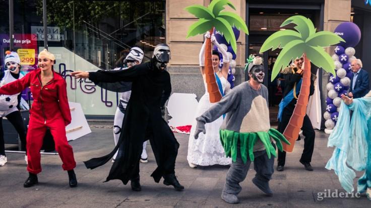 Street show sur le Meir à Anvers : Baloo et Kylo Ren