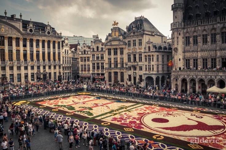 Le tapis de fleurs de la Grand-Place : Comment photographier la ville ?