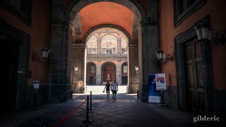 Visite du Palais royal de Naples