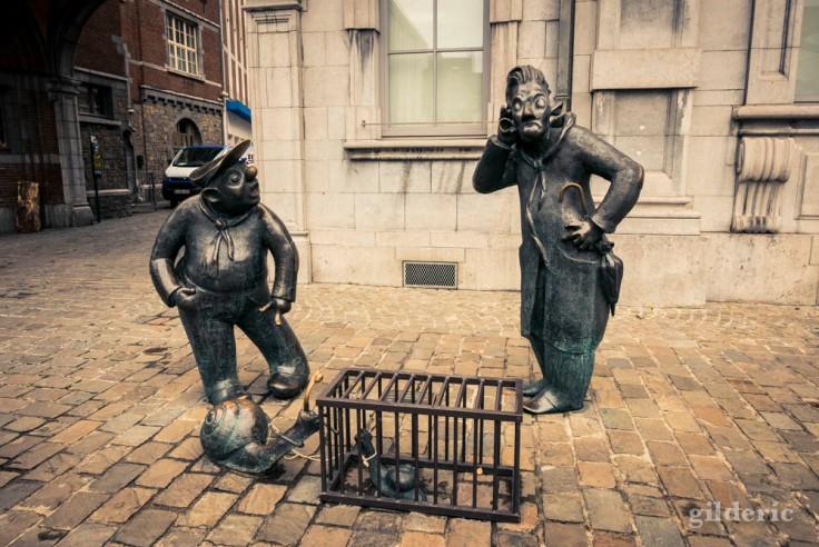 Namur en automne (sculptures de Djoseph et Françwès, devant le Palais des congrès de Namur)