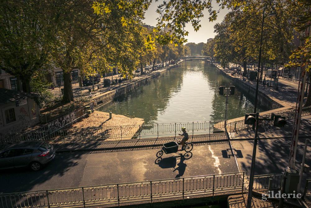Le Canal Saint-Martin (Paris) en automne