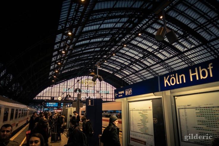 Gare centrale de Cologne (Köln Hauptbahnhof)