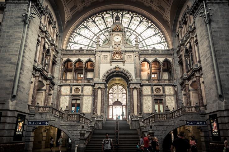 Hall monumental de la gare d'Anvers-Central