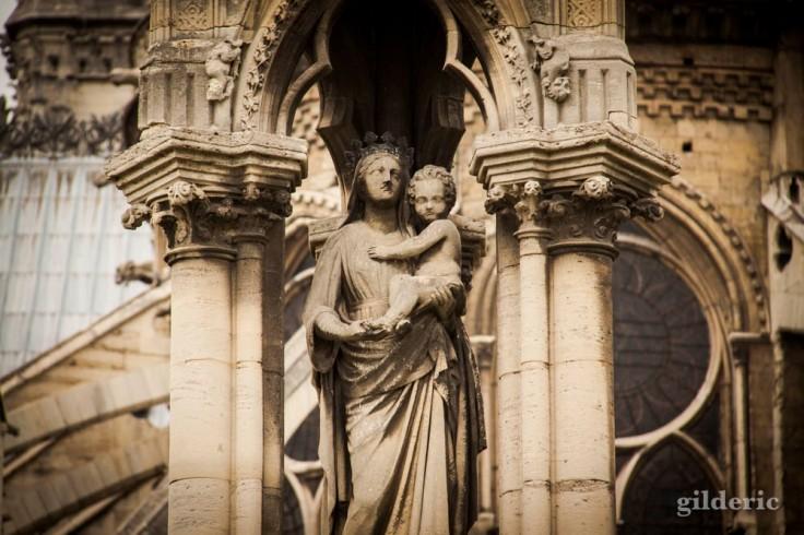 Notre-Dame de Paris (détail de statue)