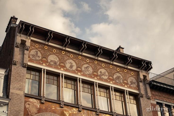 Hôtel Ciamberlani (détail des sgraffites)