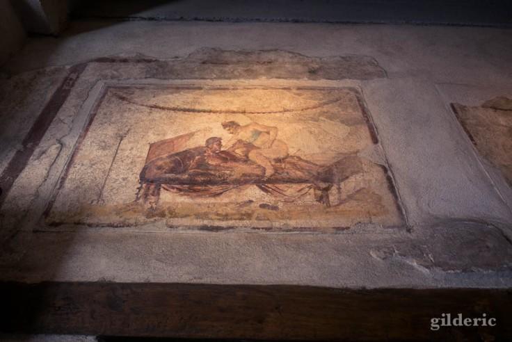 Fresque érotique du lupanar, à Pompéi