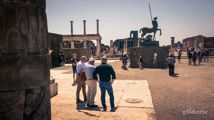 A la découverte de Pompéi (sur le Forum)