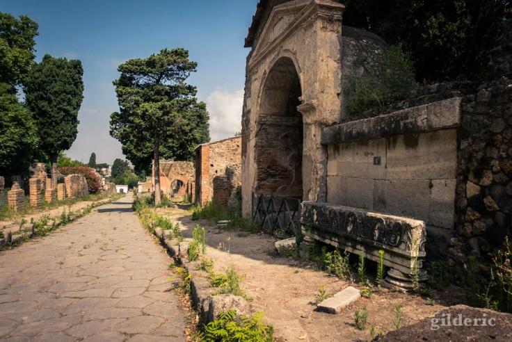Via delle Tombe à Pompéi