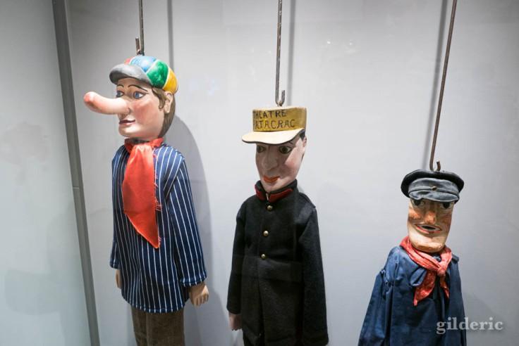 """Marionnettes liégeoises à l'expo """"Super Marionnettes"""""""