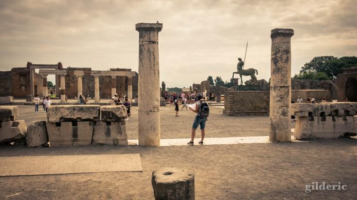 Street photography sur le forum de Pompéi