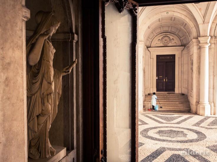 Street photography à Lisbonne : passé et présent au palais royal d'Ajuda