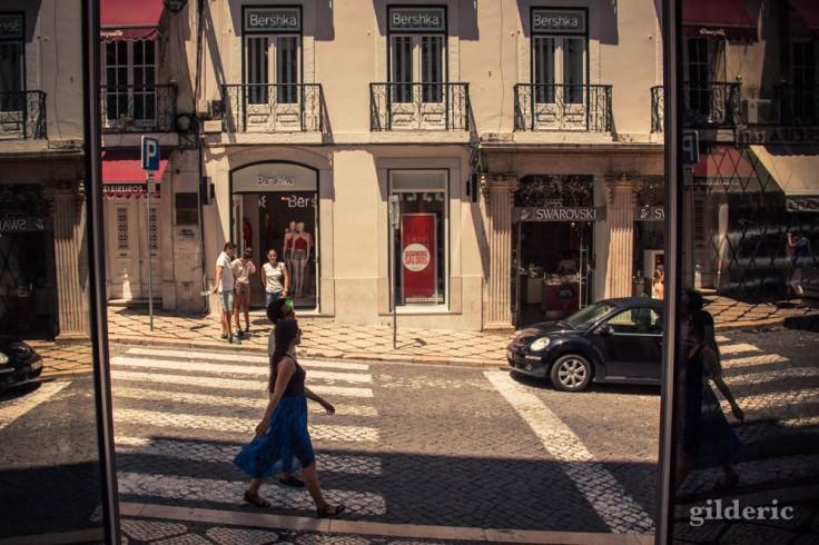 Street photography à Lisbonne : shopping dans le centre