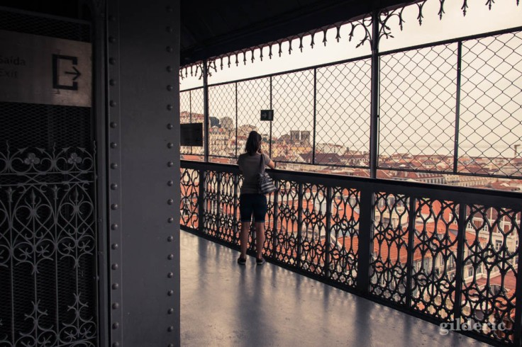 Street photography à Lisbonne : elevador de Santa Justa