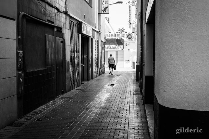 Lloret de Mar : tourisme de masse et solitude (street photography)