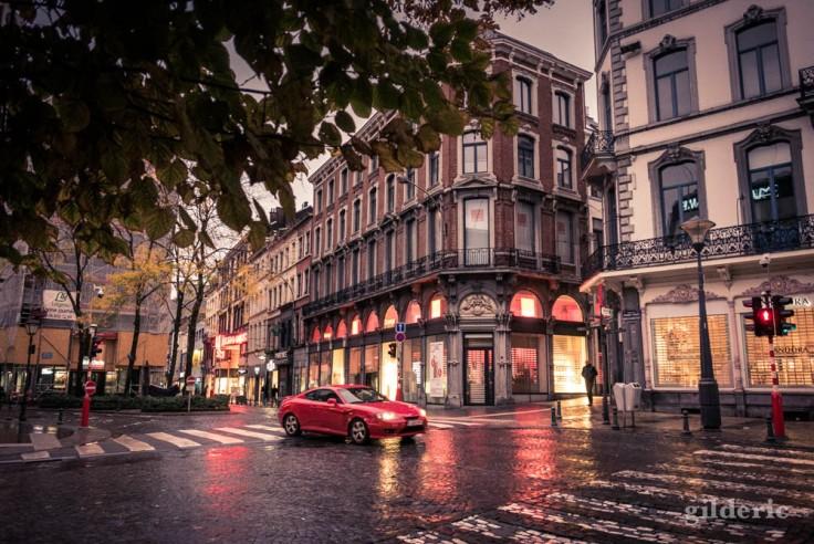 Voiture sous la pluie (Liège, Belgique)