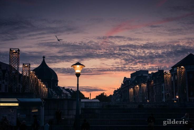 Le soleil se lève sur la Place Saint-Lambert à Liège