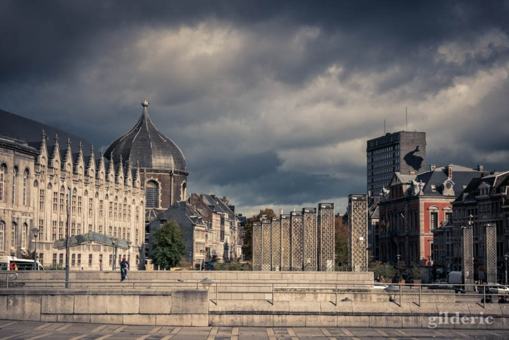 Nuages sur la Place Saint-Lambert (Liège)