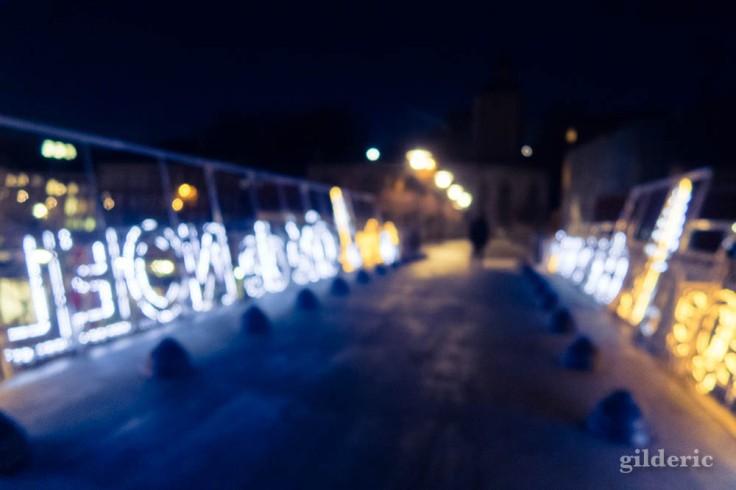 Lumières de Noël floues