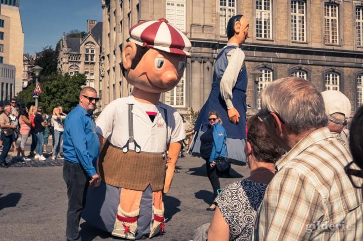Les Géants de Messines à Liège