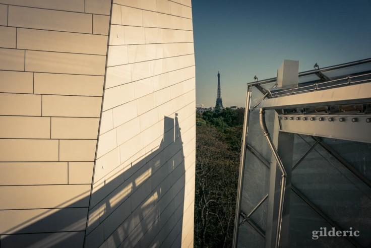 La Tour Eiffel vue depuis la Fondation Louis Vuitton