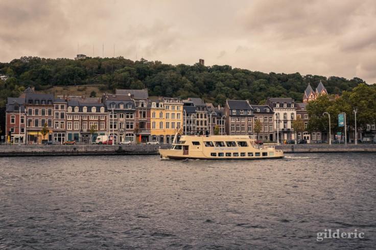 Croisière sur la Meuse en automne à Liège