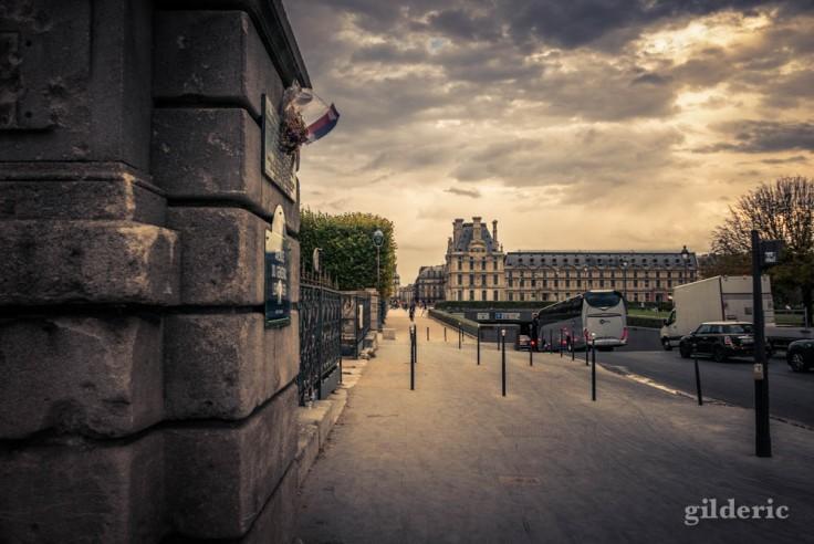 Nuages sur le Louvre