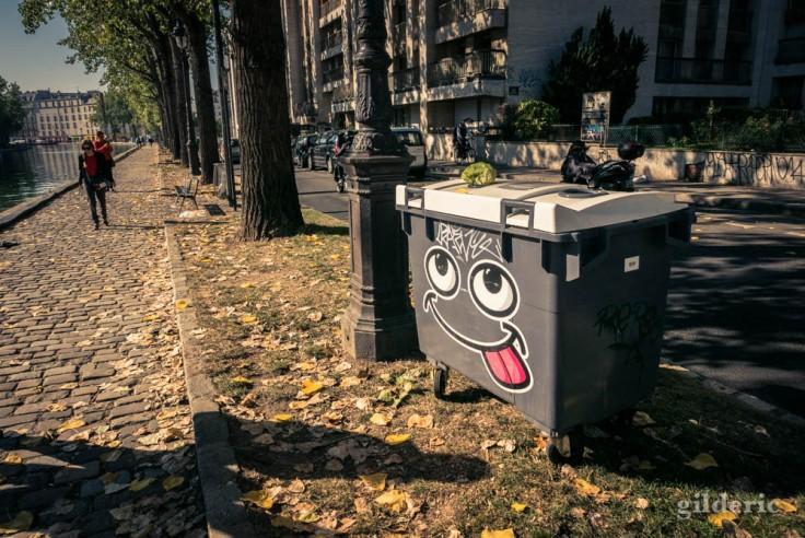 Poubelle street art à Paris