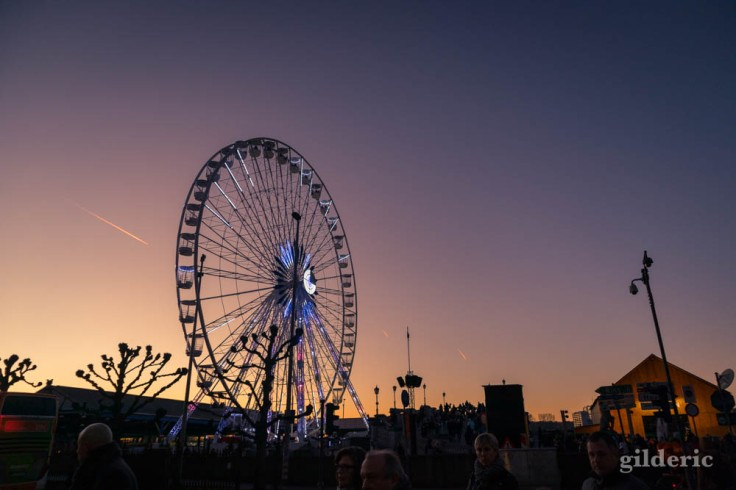 Crépuscule sur la grande roue (Anvers, Nouvel An)
