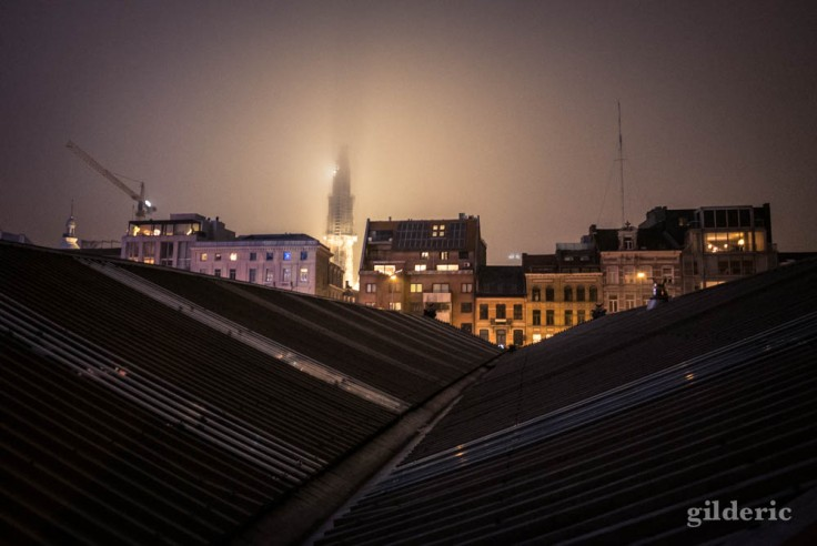 Cathédrale Notre-Dame vue depuis le Steenplein à Anvers