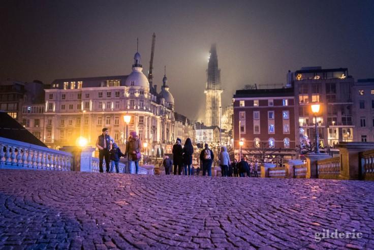 Steenplein et cathédrale à Anvers