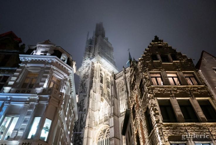 Cathédrale Notre-Dame d'Anvers, nuit du Nouvel An