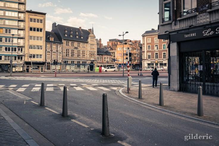 Liège Lockdown : au coin du boulevard (suite au confinement luttant contre le coronavirus)