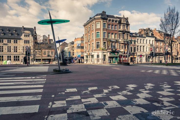 Liège Lockdown : Boulevard d'Avroy vide (street photography)