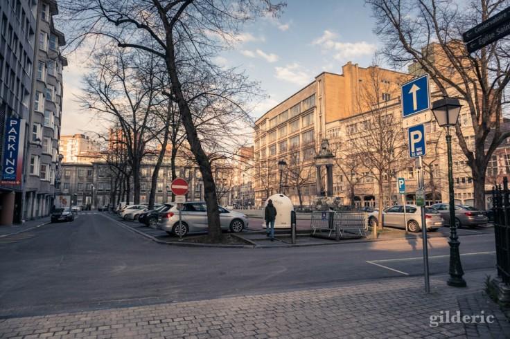 Liège Lockdown : Place Saint-Paul (suite au confinement luttant contre le coronavirus)