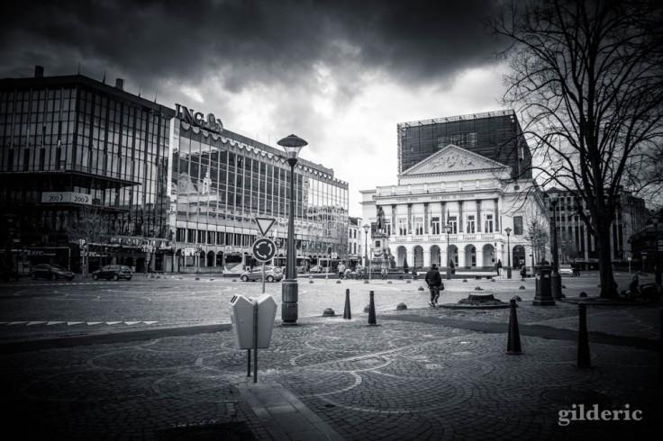 Liège en quarantaine (coronavirus) : Opéra royal de Wallonie (photo en noir et blanc)