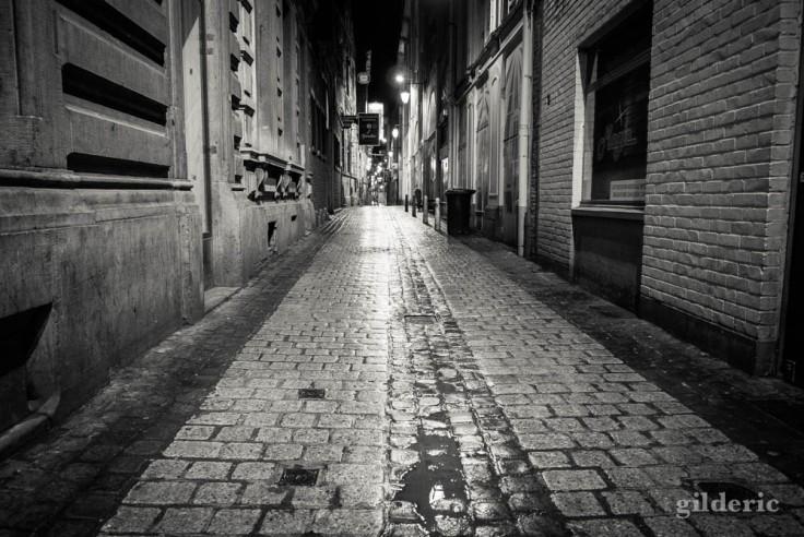 Série noire dans le carré (Liège)