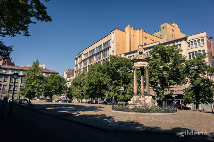 Liège avant le déconfinement : place Saint-Paul déserte