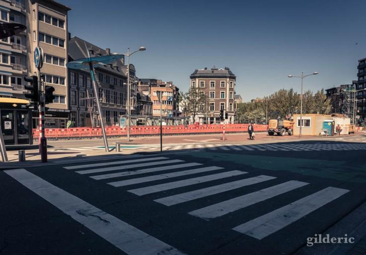 Liège ville fantôme : le boulevard d'Avroy désert