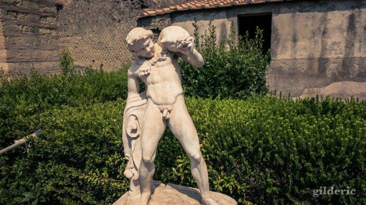 Satyre (statue du jardin de la villa aux Cerfs à Herculanum)