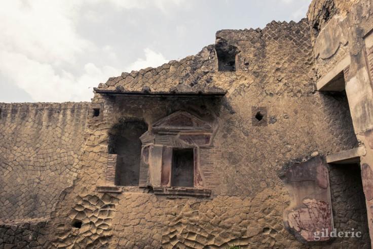 Extérieur de la Casa dei Due Atria (Herculanum)