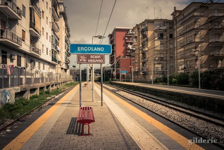 Arrêt de train pour le site d'Herculanum (Ercolano Scavi)