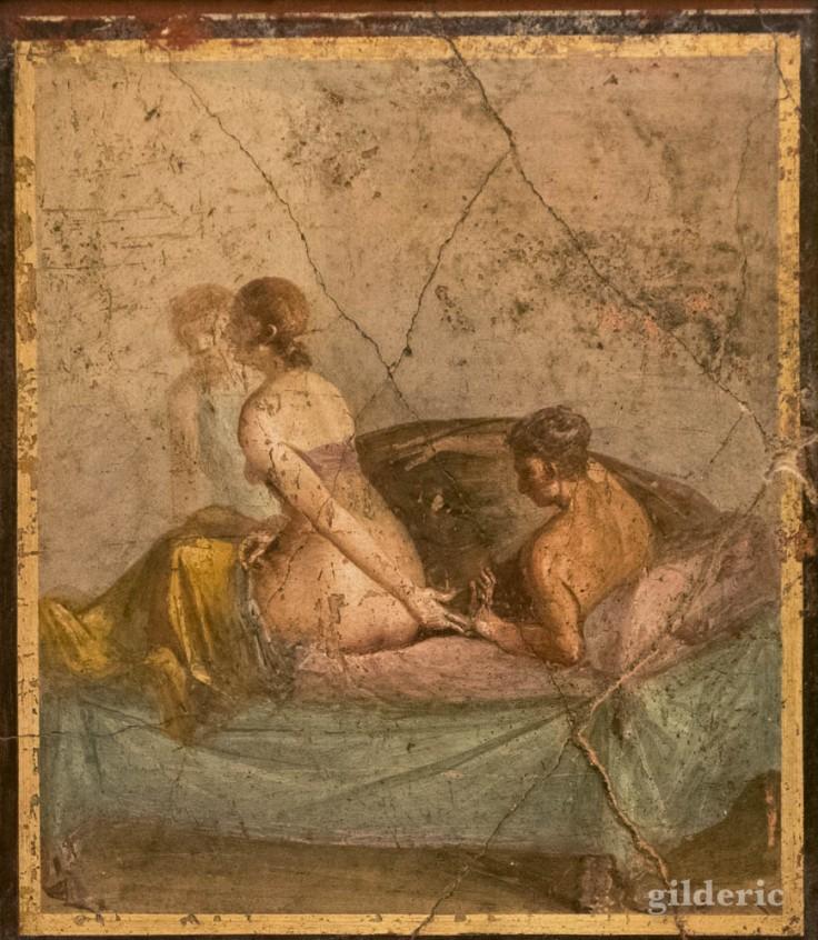 Fresque érotique de Pompéi (couplent pleine étreinte) au Musée archéologique de Naples