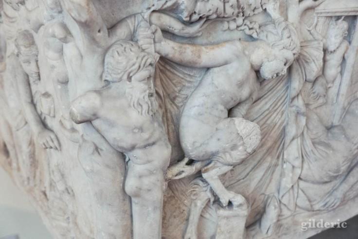 Bas-relief érotique de Pompéi au Musée archéologique de Naples