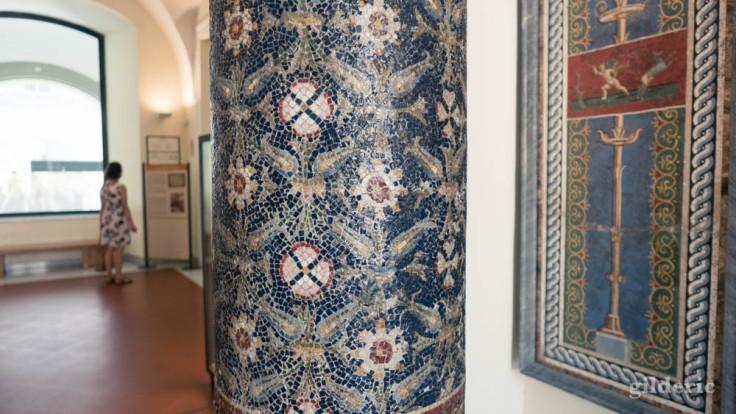 Mosaïques de Pompéi (mezzanine du Musée archéologique de Naples)