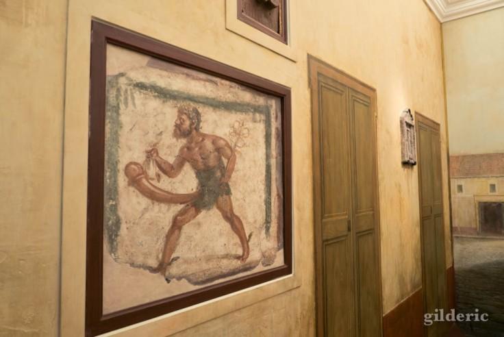 Priape (fresque érotique de Pompéi (cabinet secret du Musée archéologique de Naples))