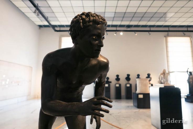Lutteur (ou coureur) -Statue de la villa des Papyrus au Musée archéologique de Naples