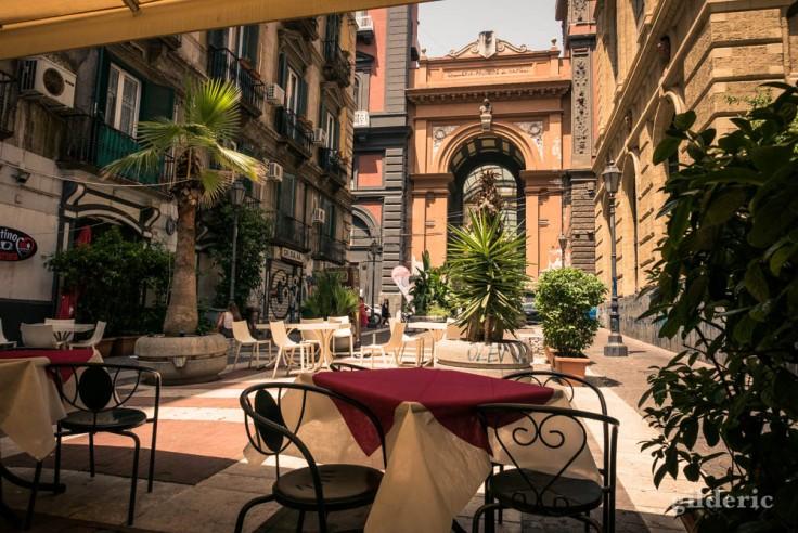 Lunch près de la Galleria Principe di Napoli