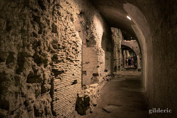 Visiter Naples : les souterrains romains de San Lorenzo Maggiore